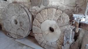 mole-antiche-mulino-pietra